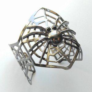 Jewelry - Gunmetal Spider Upon Spiderwebs Goth Cuff Bracelet